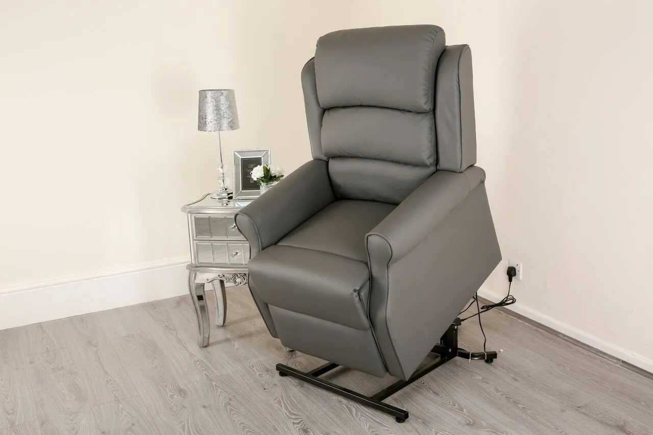 Four Benefits of Buying a Riser Recliner Chair