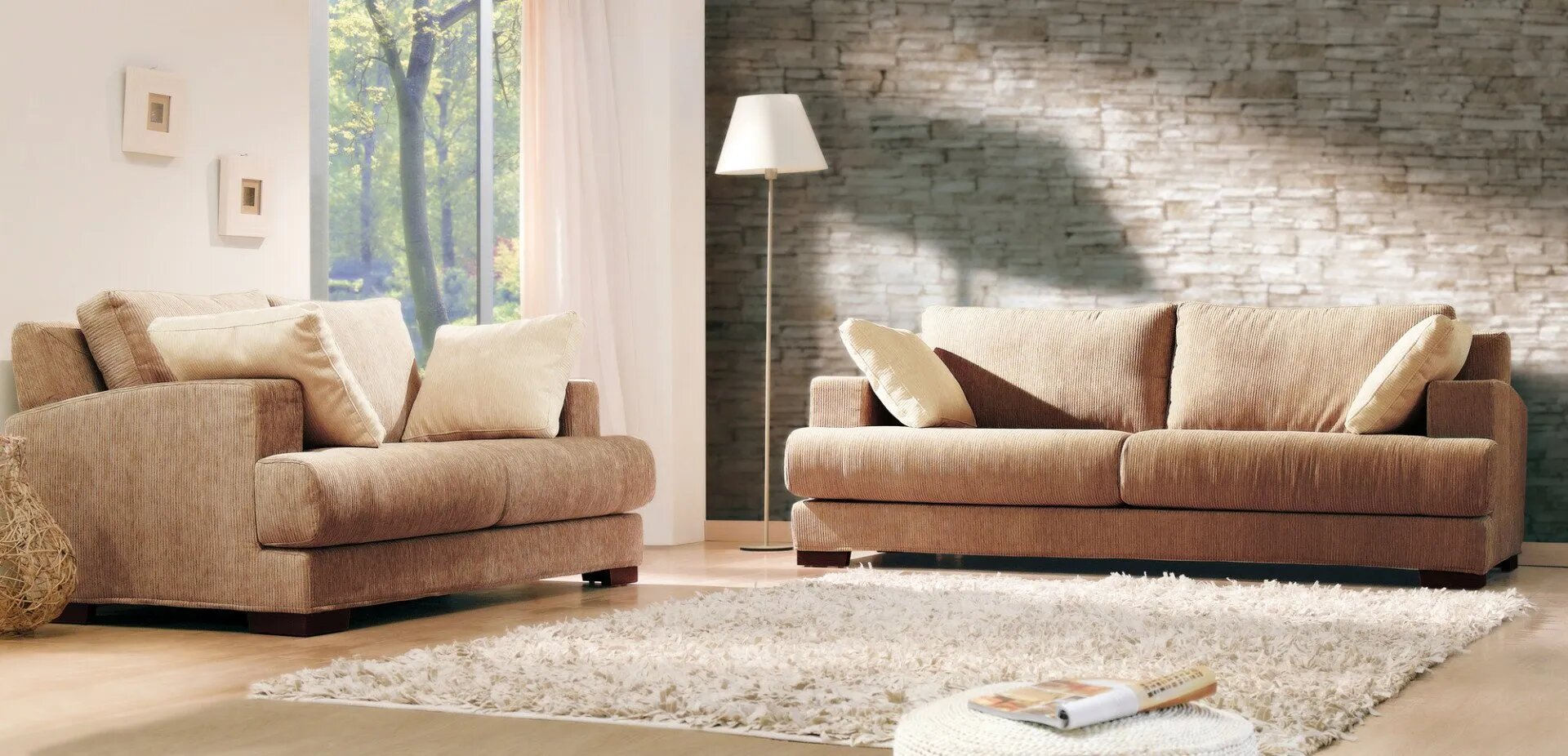 We use the latest technology when it comes to sofa and carpet cleaning